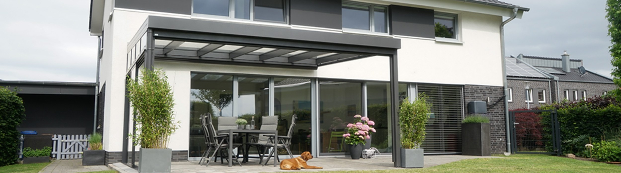 Überdachte Terrasse planen Ideen und Tipps